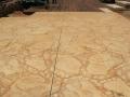 ריצוף בטון אבן טבעית וחלוקי נחל