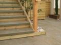מדרגות בטון רום מצופה עץ