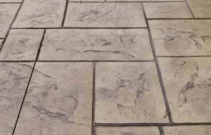 רצפת בטון מוטבע דמוי צפחה קטנה
